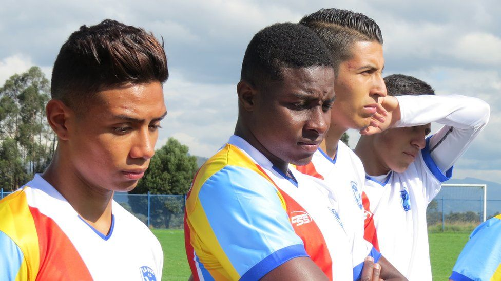 Bryan Sanclemente, Didier Borja, Alejandro Duque and Wilson Salazar concentrating on the pre-match motivation talk given by coach Sebastian Acosta