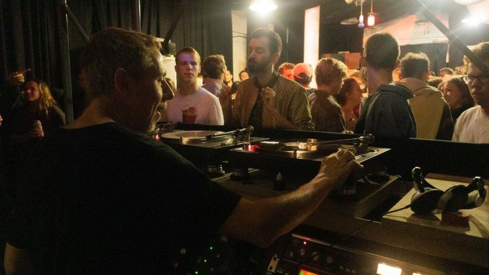 Gilles Peterson playing a set at Cosmic Slop