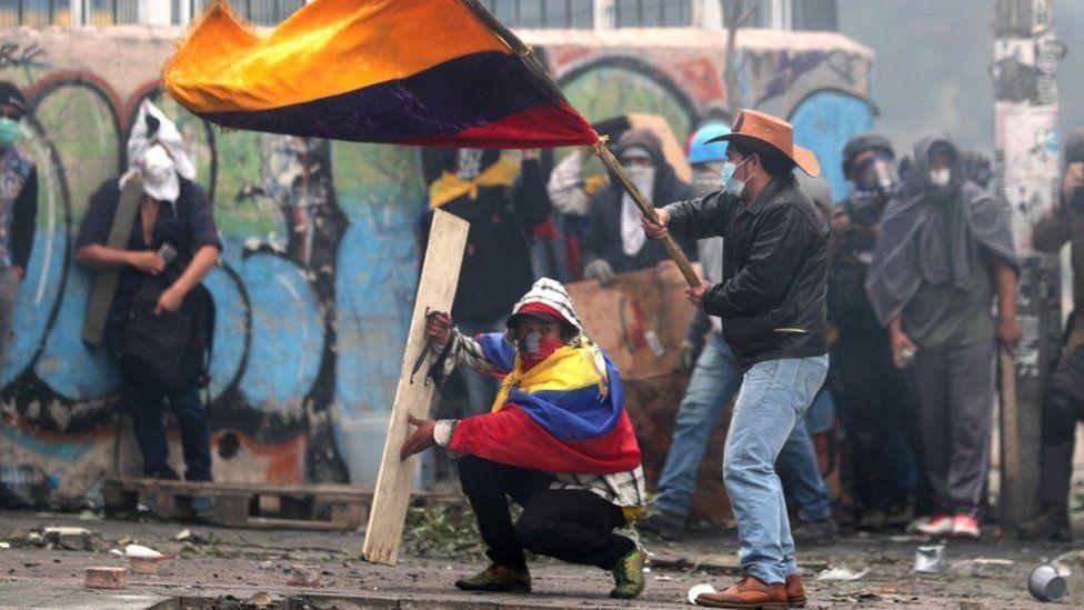 Crisis en Ecuador: continúan las protestas mientras el gobierno y el movimiento indígena se preparan para dialogar este domingo