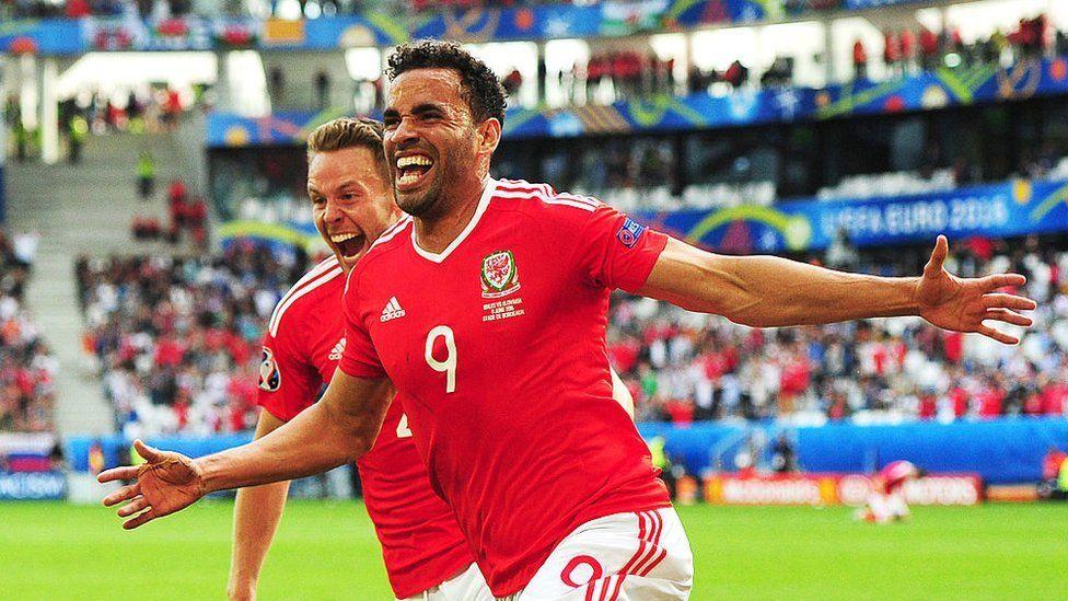 Hal Robson-Kanu celebrating a goal in Euro 2016