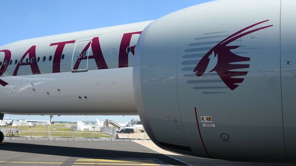 Qatar Airways Boeing 777-300 at Le Bourget airport (18 June 2017)