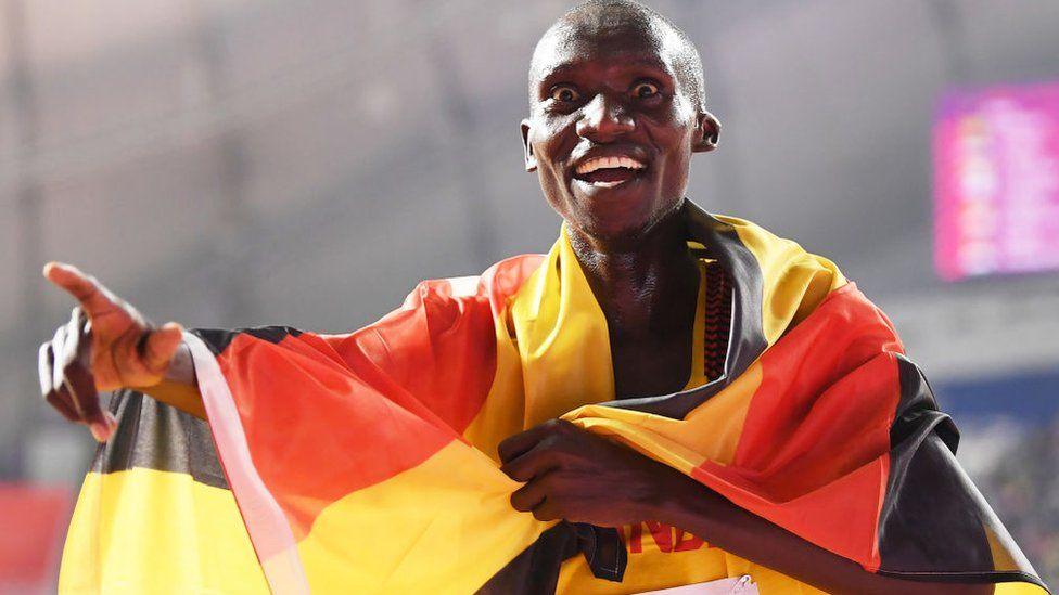 Mondiaux d'athlétisme : l'Ougandais Cheptegei remporte l'or au 10 000 m