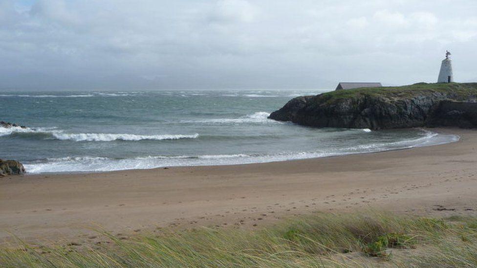 The rescue took place near Llanddwyn Island