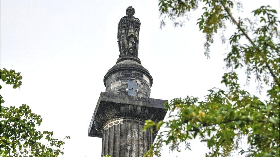 Dundas statue