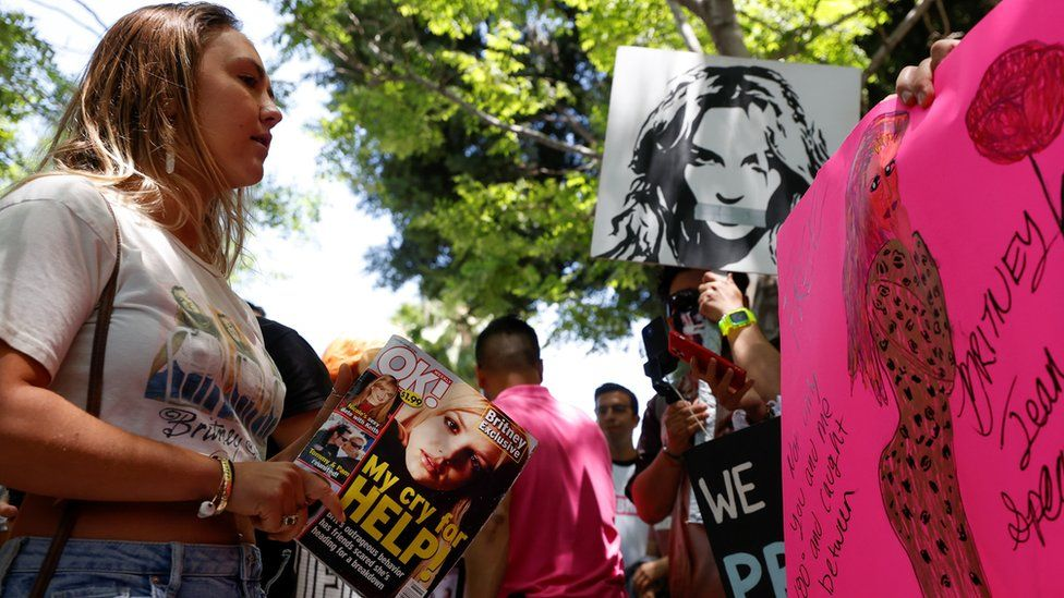 Britney Spears fans gather outside the courtroom in Los Angeles