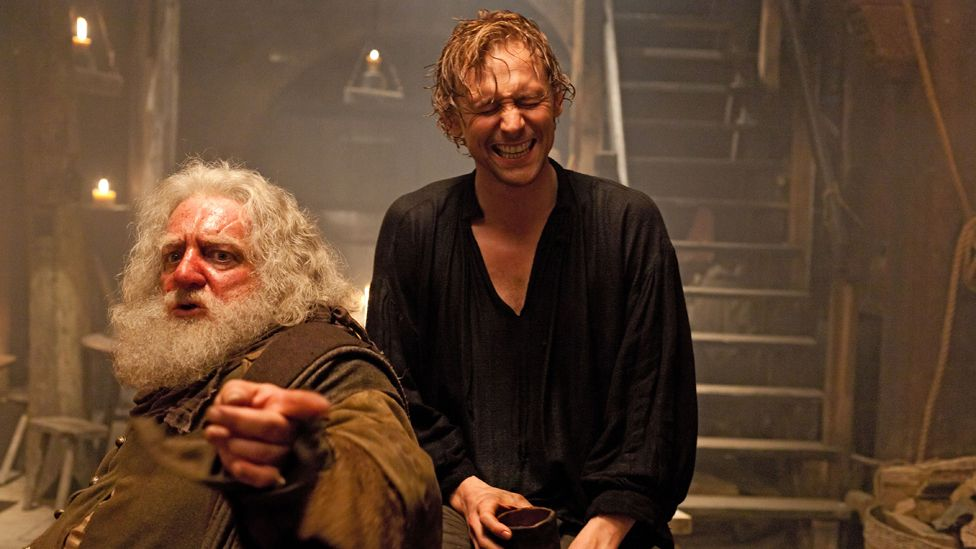 Sir John Falstaff (Simon Russell Beale, left) and Prince Hal (Tom Hiddleston) in Henry IV Pt One