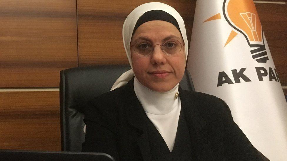 MP Ravza Kavakci Kan in her office