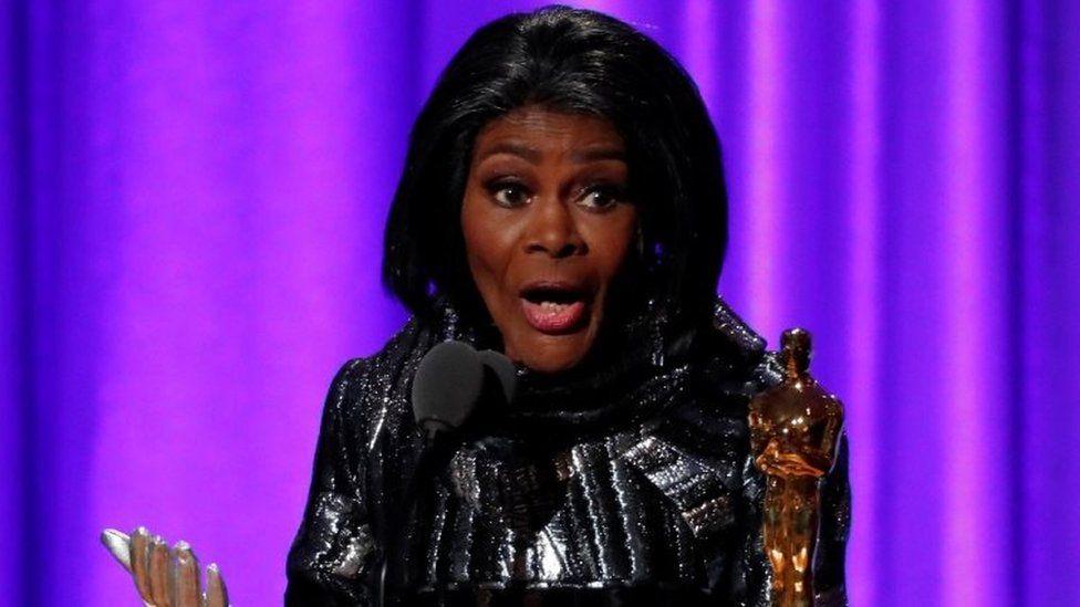Cicely Tyson accepts her Honorary Academy Award. Photo: November 2018