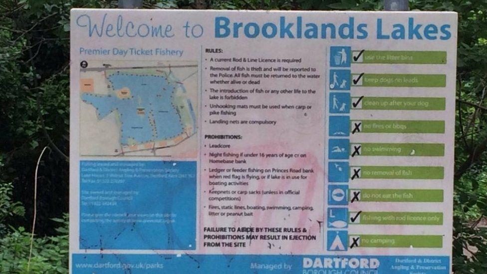 Brooklands Lakes