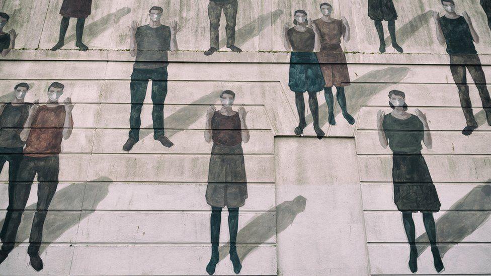 Murlun gan Hyuro // Huyuro mural