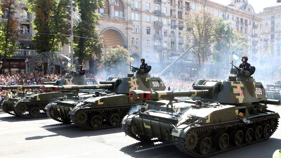 Ukrainian tanks in Kiev parade, 24 Aug 18