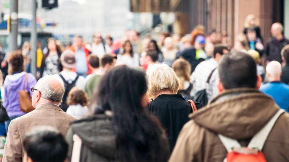A street crowd in Edinburgh