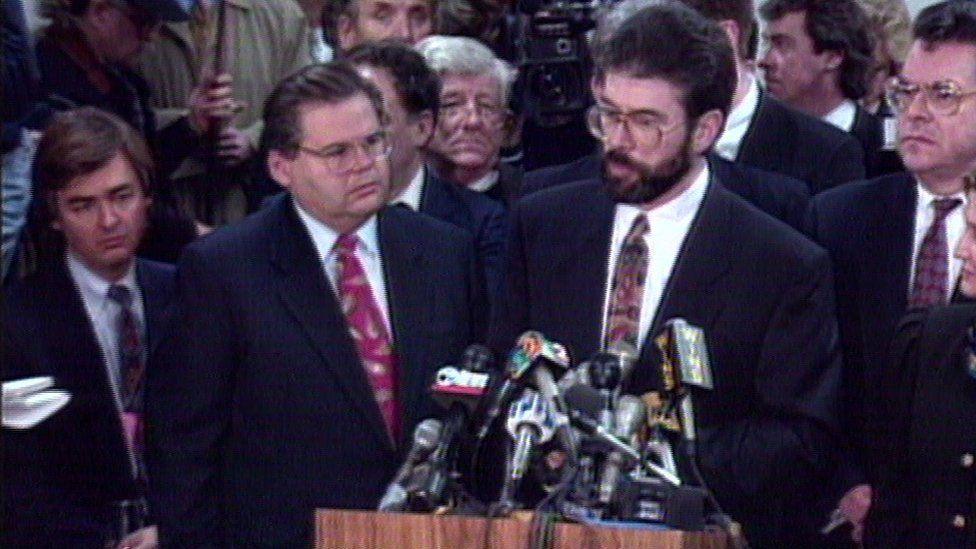 Gerry Adams addressing the press in New York in 1994