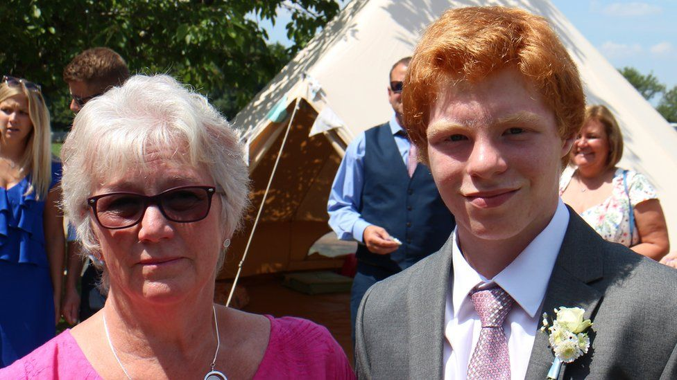 Sue and Jonathan McCartney