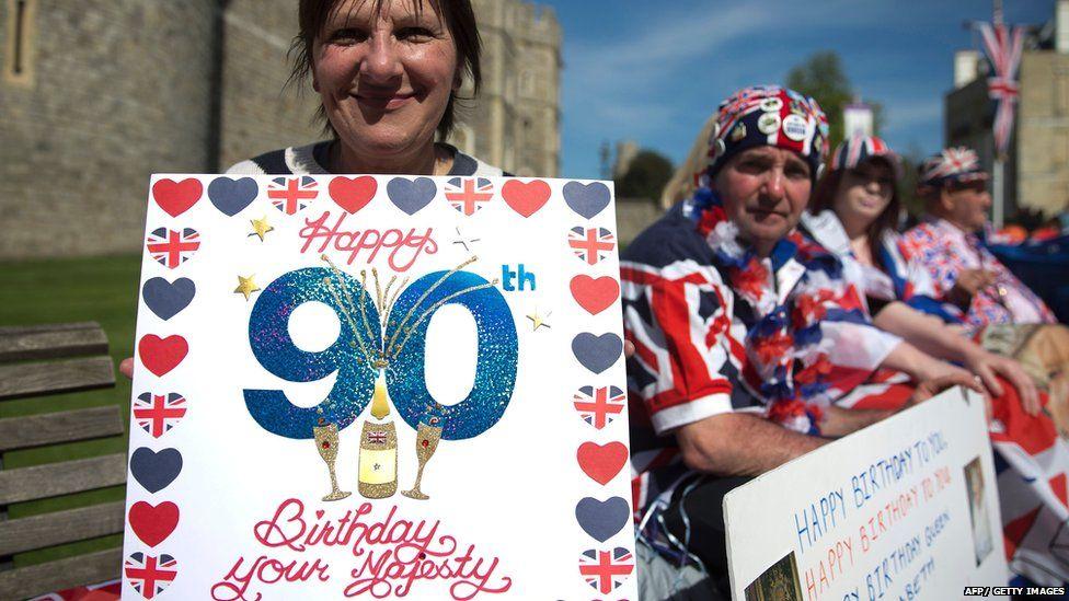 People celebrating outside Windsor Castle