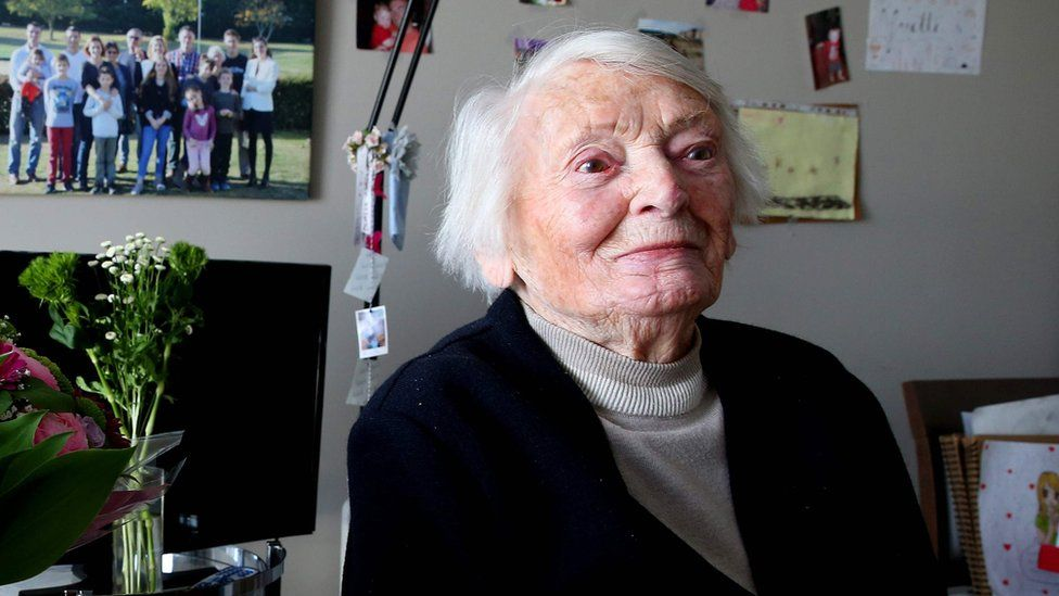 Yvette Lundy: French Resistance member who survived Nazi camps dies at 103