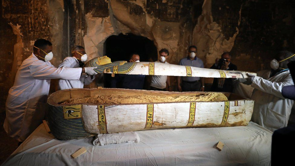 Ancient Egyptian tomb unveiled