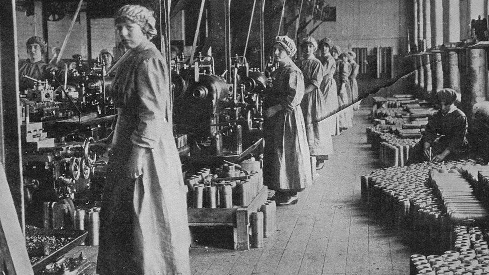 Girl workers in a munitions factory', 1915