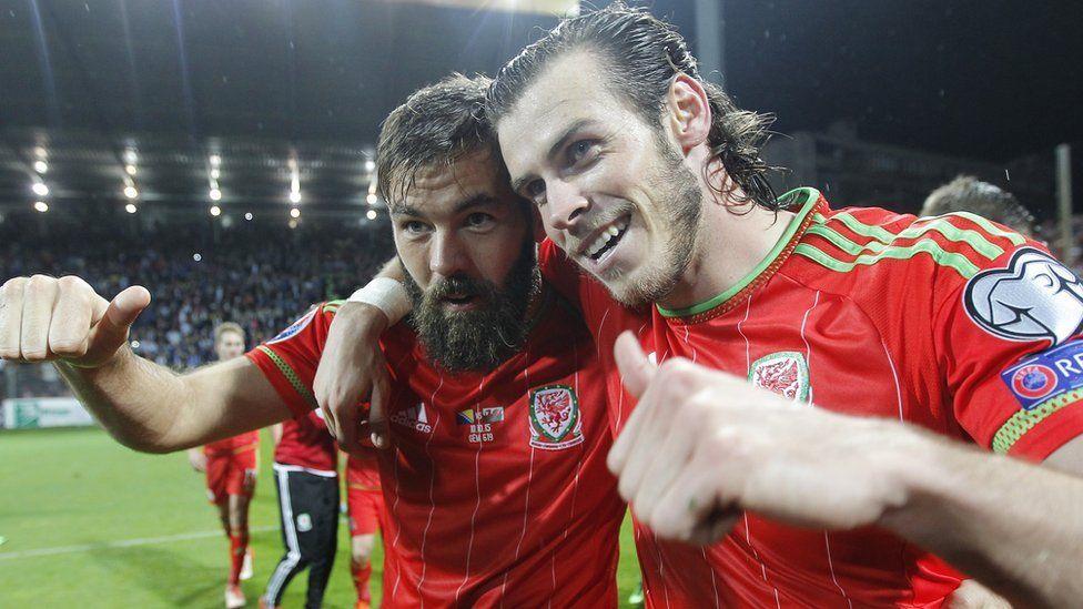 Ledley a Bale