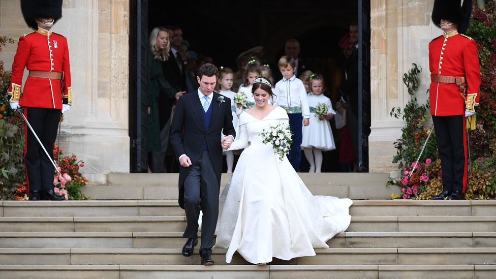 princess beatrice wedding gown
