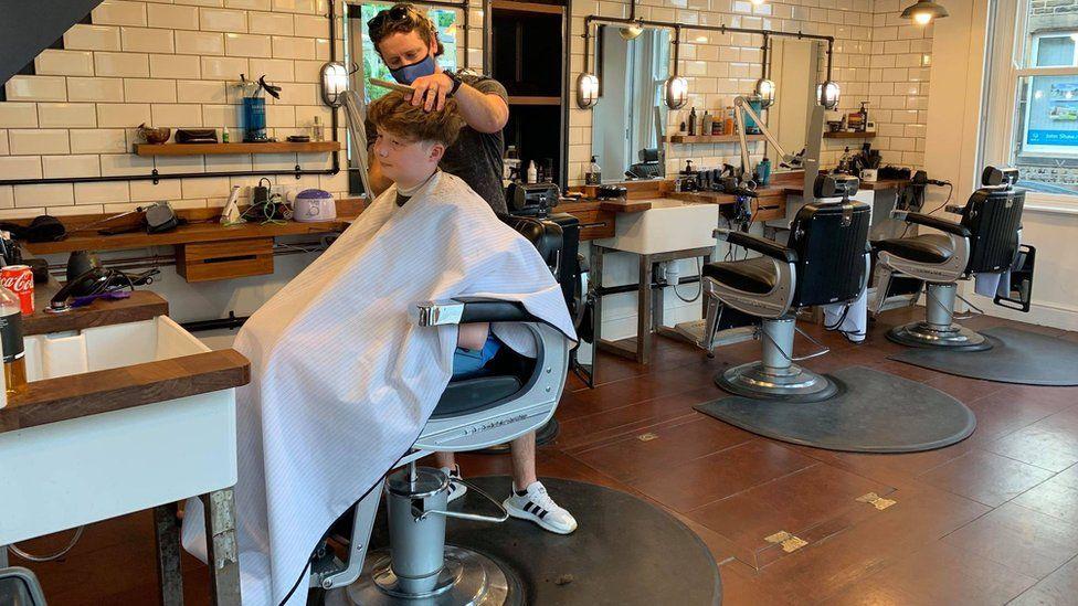 Dexters barbers