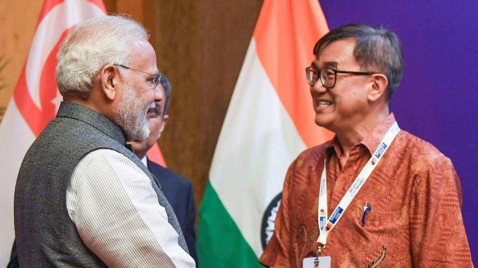 World Toilet Day founder Jack Sim (r) meets Indian Prime Minister Narendra Modi