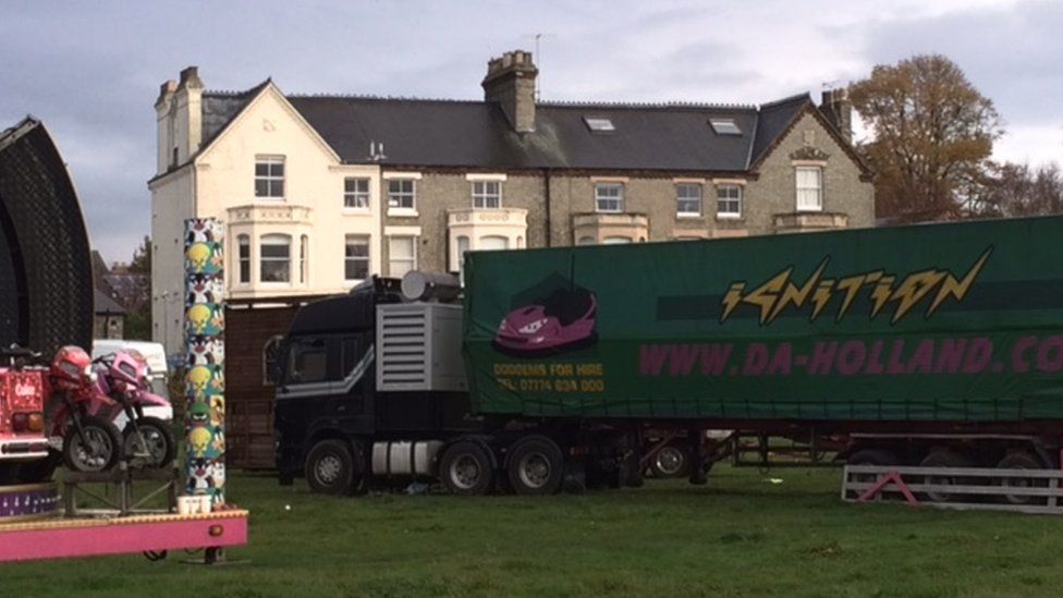 A lorry on Midsummer Common in Cambridge
