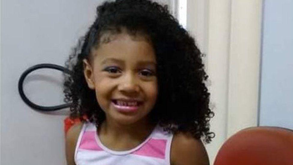 Violencia en Río de Janeiro: la muerte de una niña de 8 años en una favela que reabrió el debate sobre el uso de la fuerza policial en Brasil