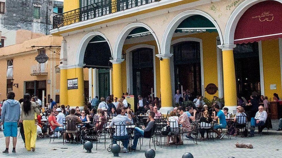 Cafe in Cuba
