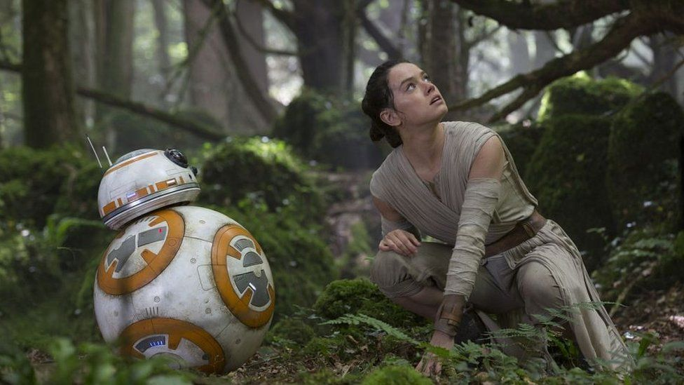 Star Wars fans have high hopes for new female hero Rey (Daisy Ridley)