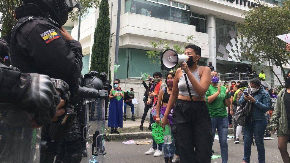 Ecuador abortion: Terminations in cases of rape decriminalised thumbnail