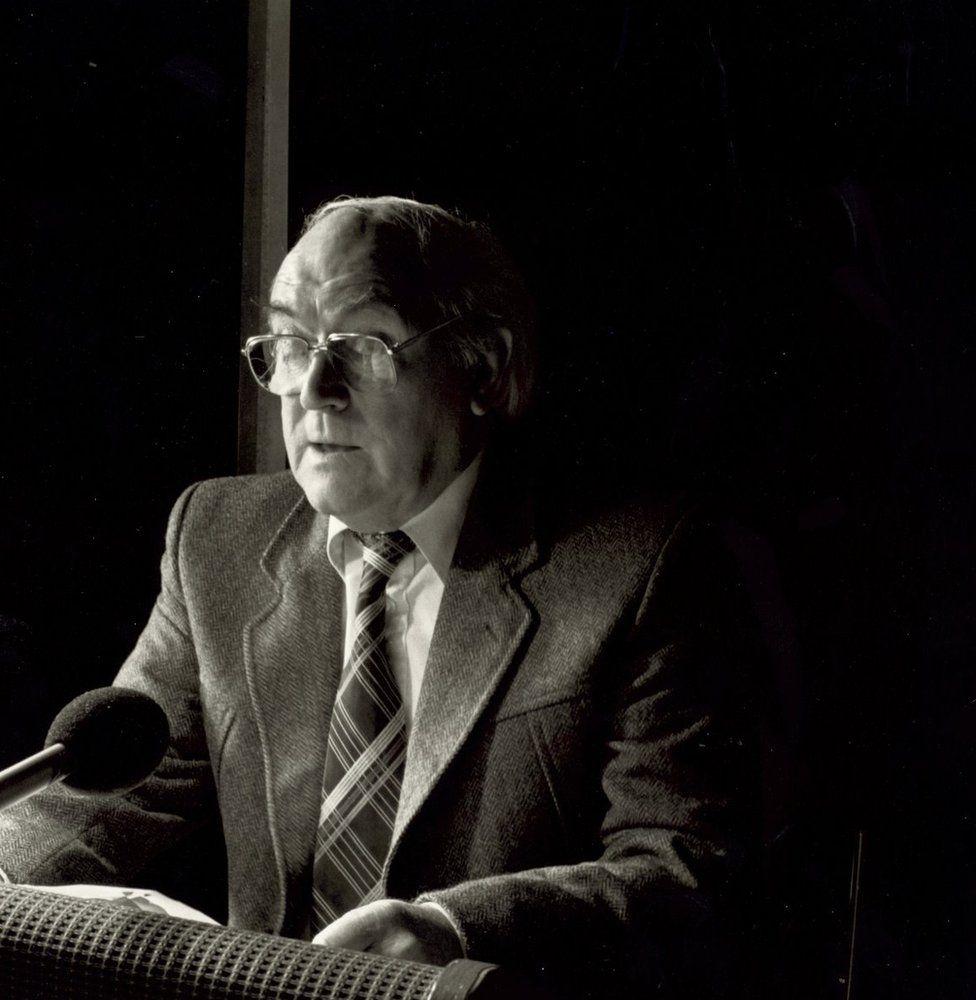 Charles Williams yn recordio ym Mryn Meirion yn y 1980au