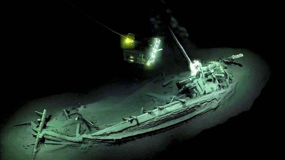 """Mar Negro: encuentran """"el naufragio intacto más antiguo del mundo"""""""