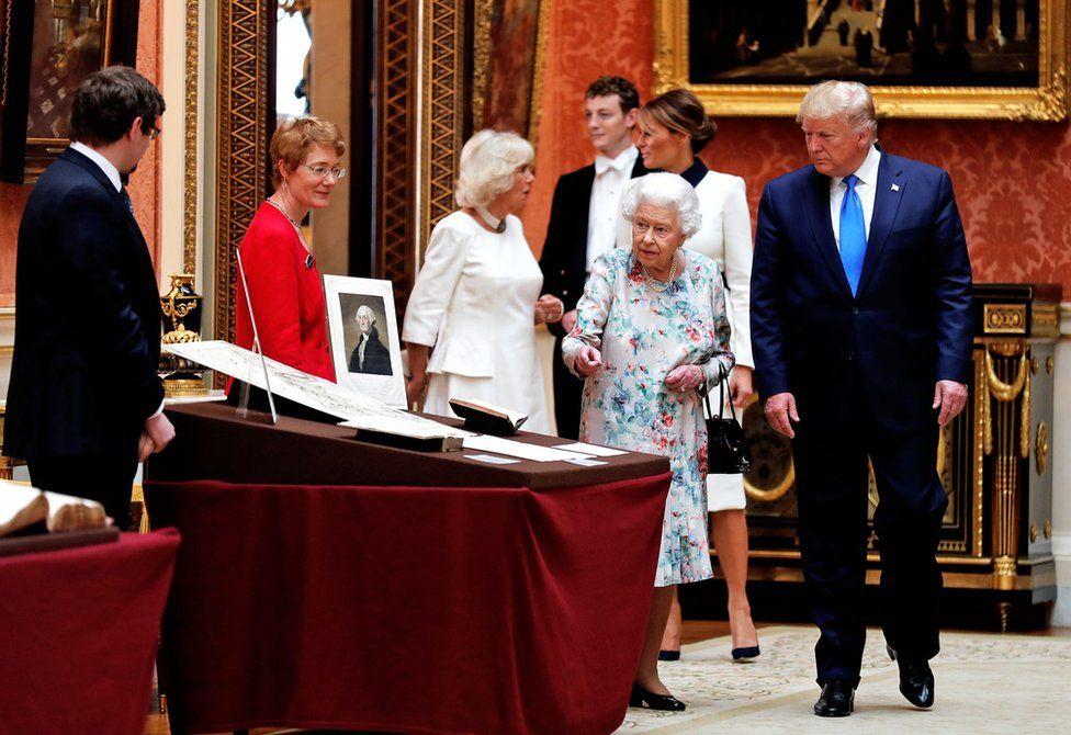 Королева и Трамп