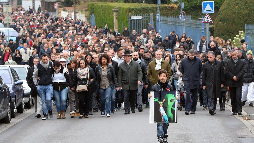 Residents in Joeuf walk in memory of Lucas on 18 October