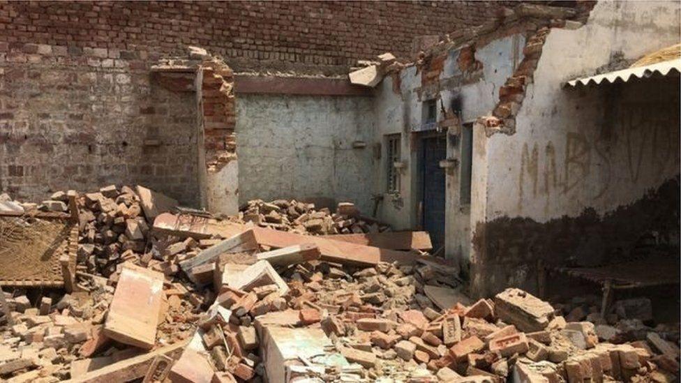 Houses collapsed in Uttar Pradesh