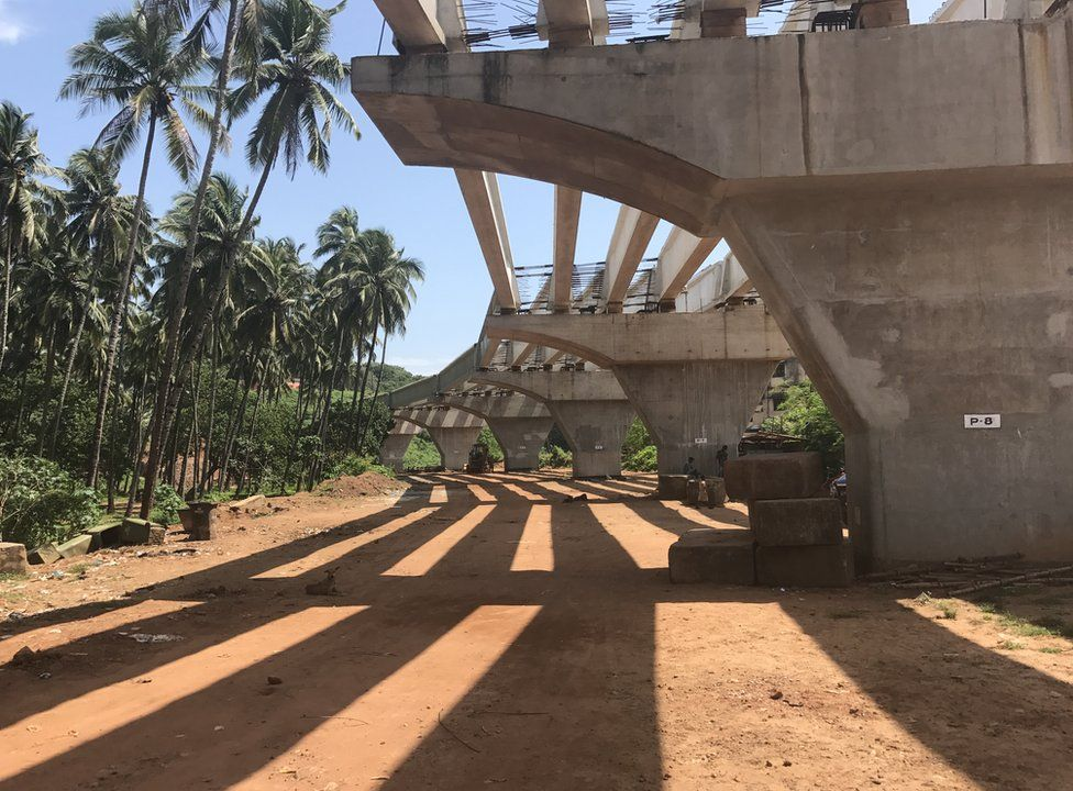 A four-lane highway under construction in Vasco