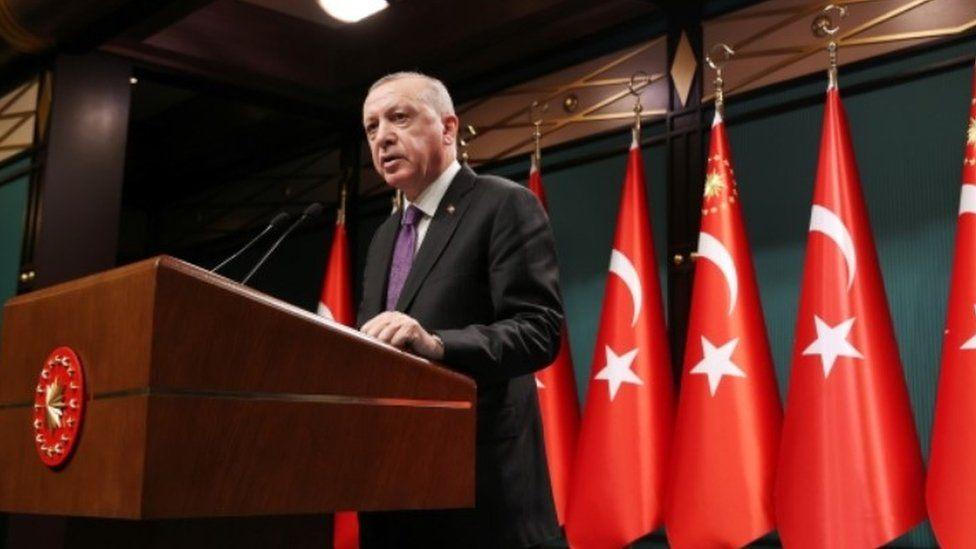 Twitter limits access to Turkish minister's LGBT tweet