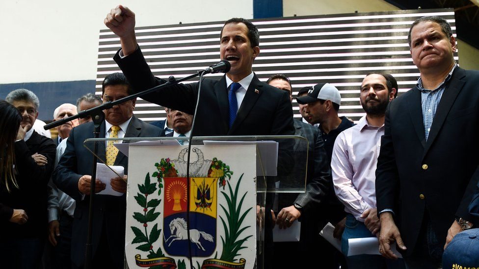 Venezuela crisis: Guaidó calls on supporters to take to streets over blackouts