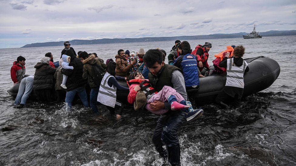 boat with Afghans lands in Lesbos, 28 Feb