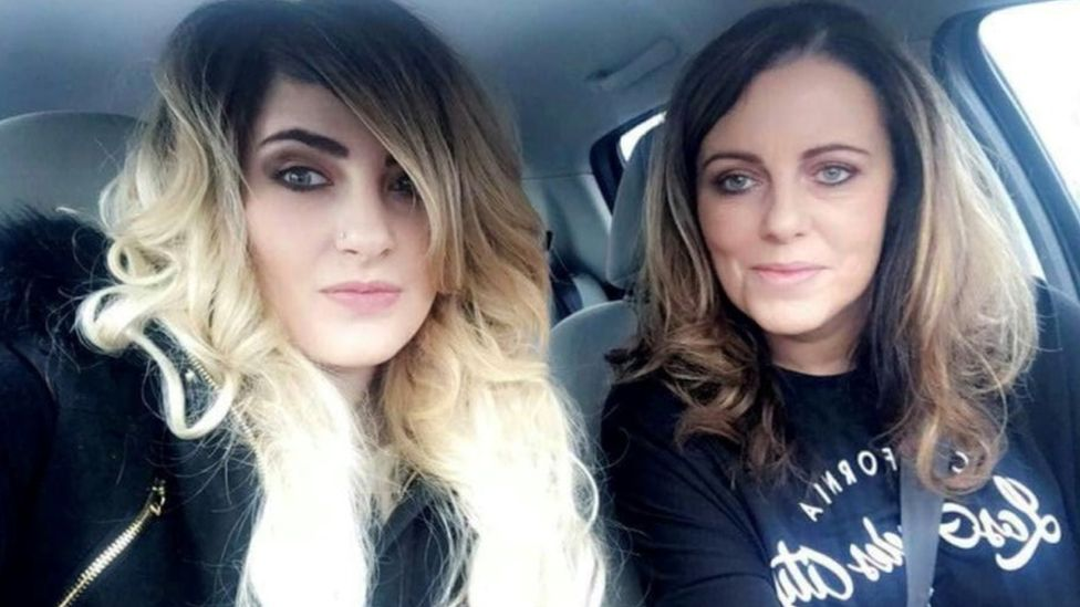 Charlotte Reat and her mother Jayne Toal Reat