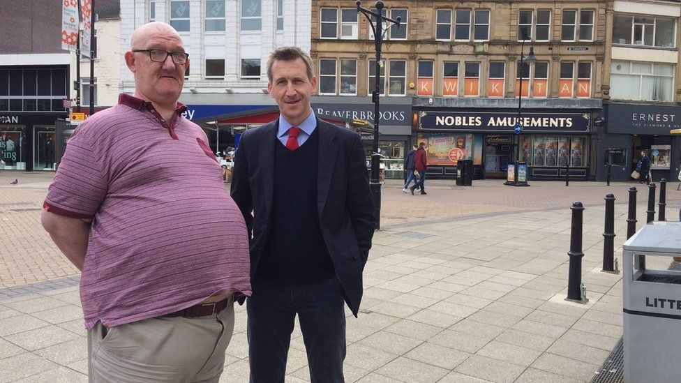 Ian Sawyer talking to Dan Jarvis, in the Barnsley Central constituency