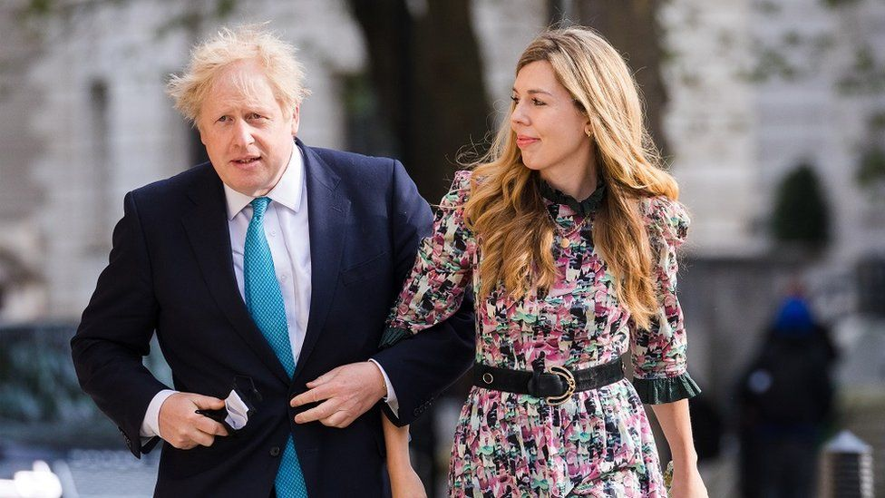 Boris Johnson ties note with Carrie symonds in secret ceremony