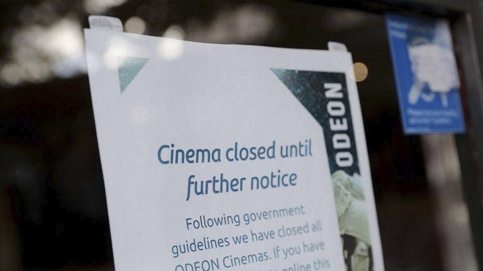 Odeon sign saying cinema closed