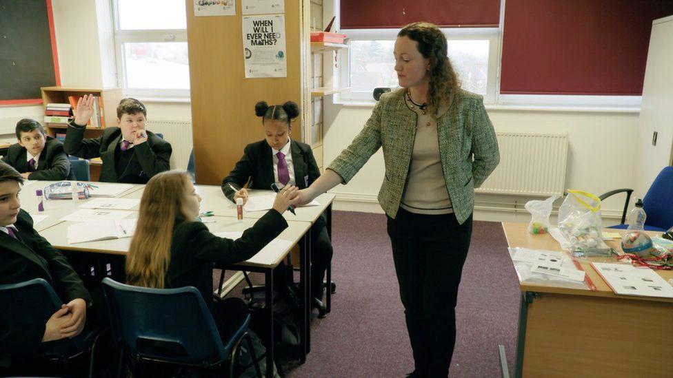 Lynda Burns teaching