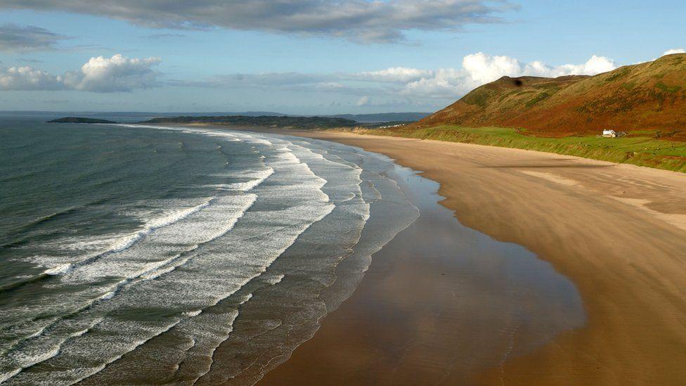 Arfordir Cymru: Golygfeydd gogoneddus rownd pob tro