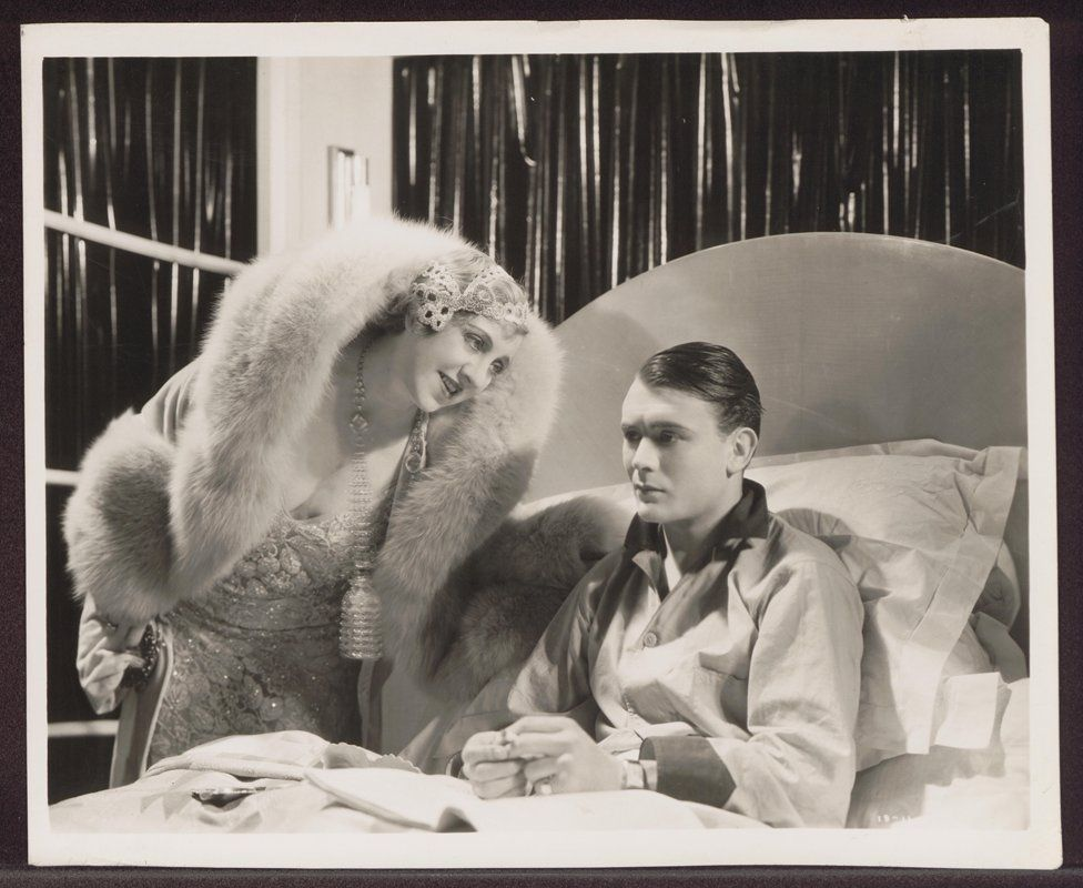 Violet Loraine (as Bessie Bolton) with 25 year old John Mills, who acted as Fred Bolton in his third film, Britannia of Billingsgate
