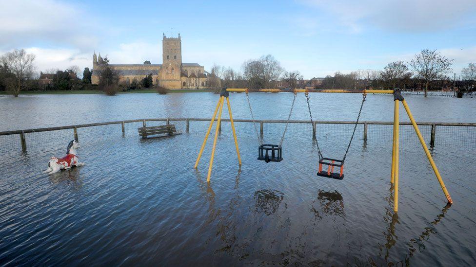 Flooding outside Tewkesbury Abbey