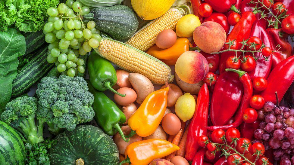 ¿Qué tipo de parásitos se encuentran más probablemente en los alimentos?