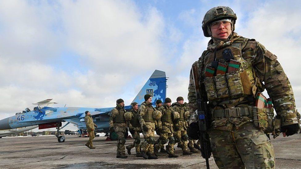 Ukrainian soldiers in Ozerne air base